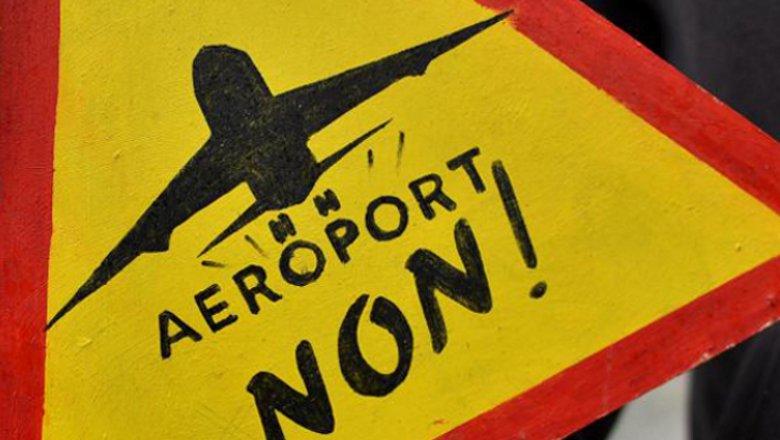 Quand l'Etat décide l'abandon du projet d'aéroport à Notre-Dame-des-Landes :