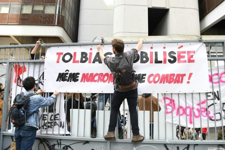 Face au blocage des universités :