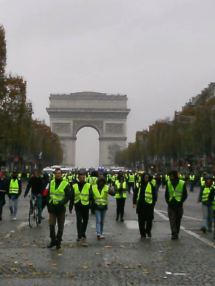 Un samedi à Paris : le témoignage d'un spectateur engagé :